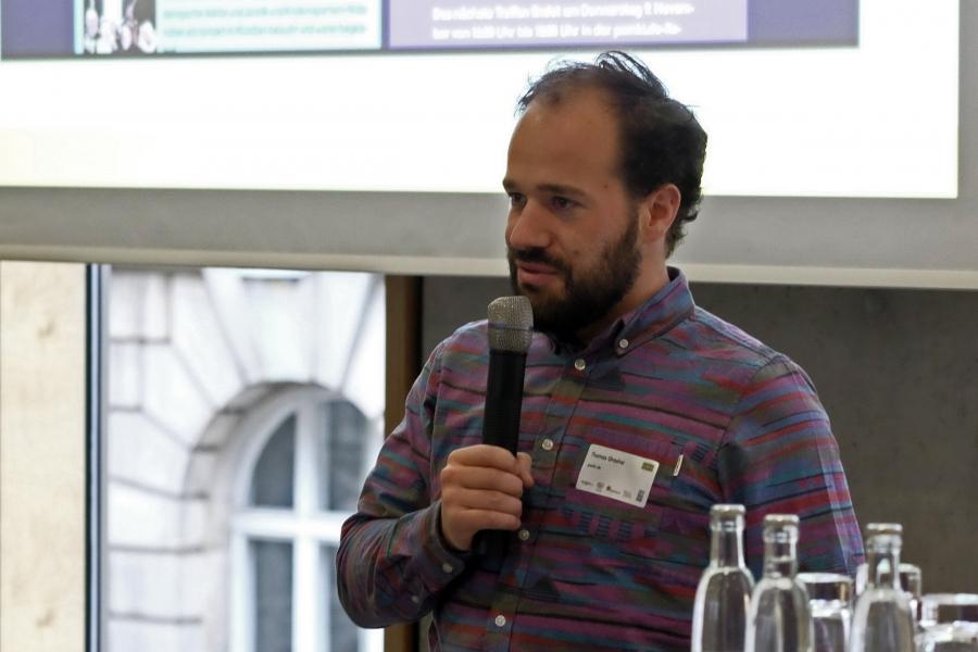 Thomas Grashei von pomki.de im Talk mit Katharina Gerlach; (c) Foto: Michael Schnell