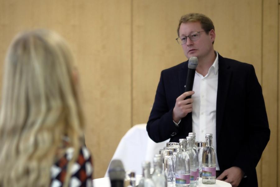 Dr. Jan Ole Püschel vom BKM; (c) Foto: Michael Schnell