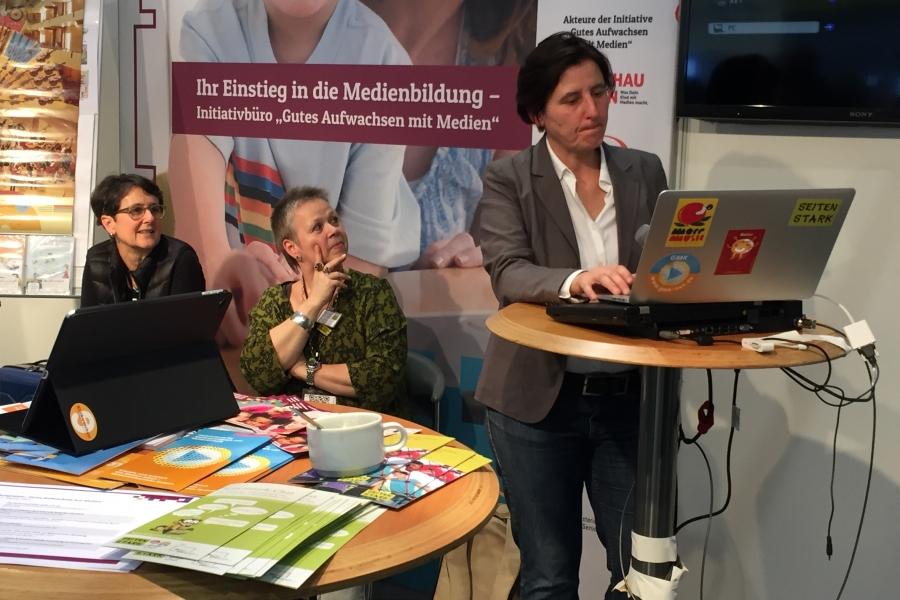 Sabine Eder (Blickwechsel), Vorsitzende der GmK; (c)Foto: Birgit Brockerhoff